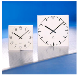 Moderna Clocks